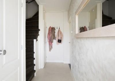 Stucco mat op de wand(betoncire vloer) Ermelo klik voor meer foto`s